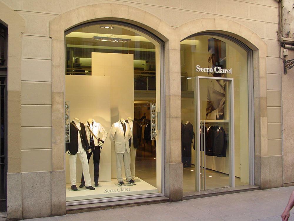 Renovació de botigues i locals comercials Serra Claret Manresa - Obrallar