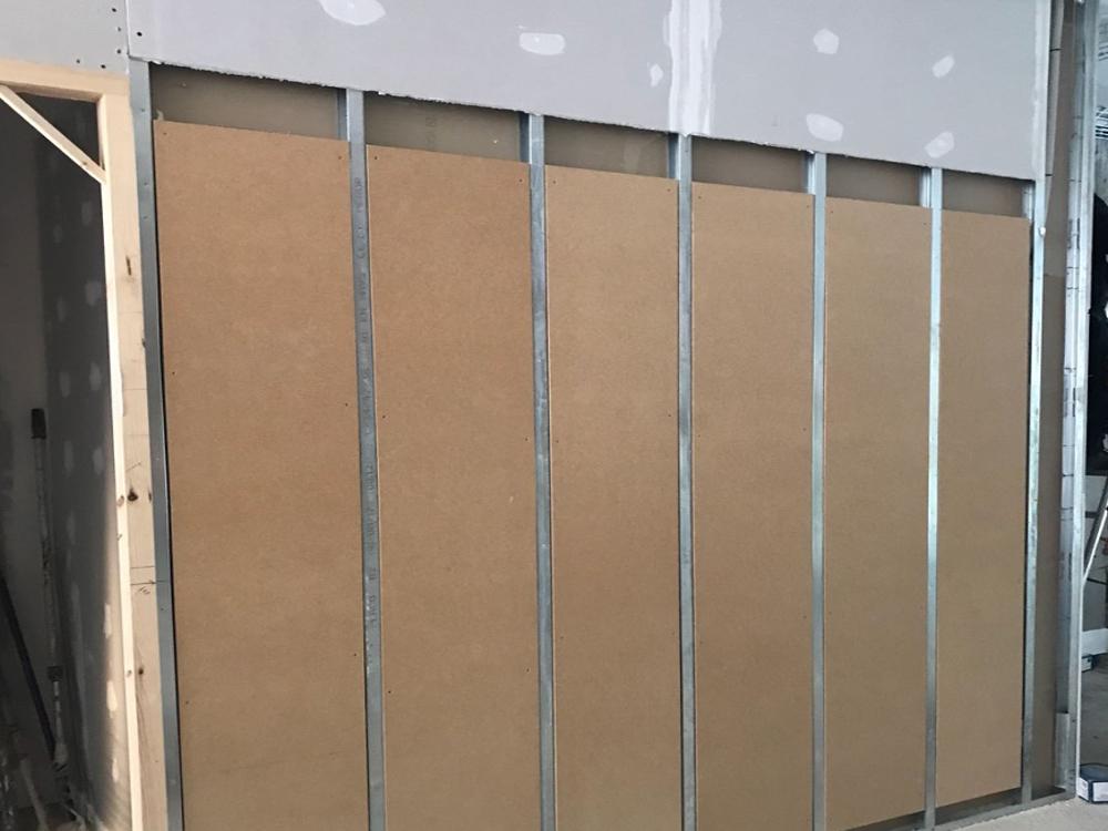 EDIFICIO PLURIFAMILIAR EN CONSTRUCCIÓN