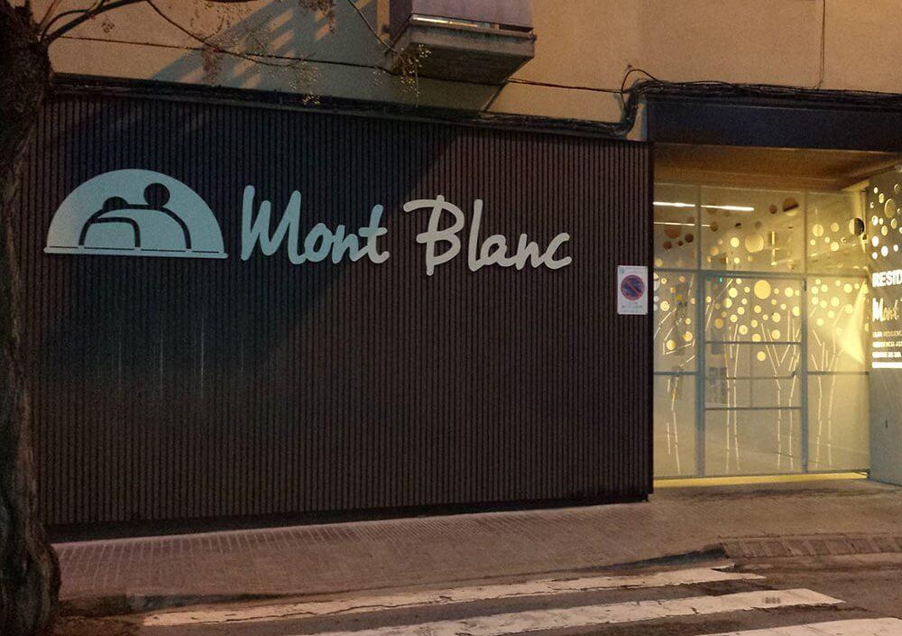 Reforma residència Mont Blanc Manresa - Obrallar