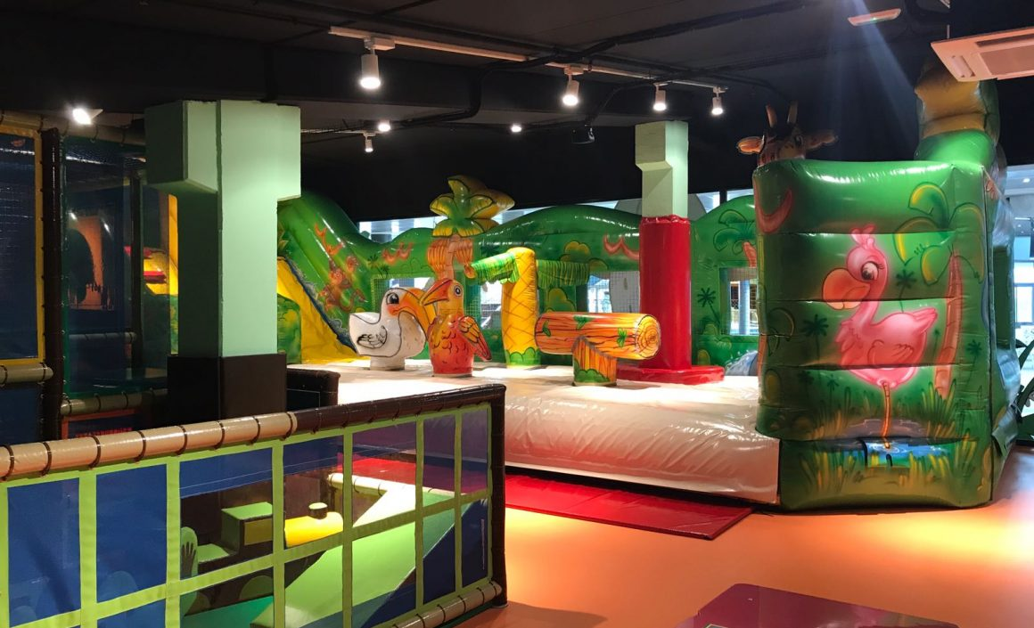 PLANET MAGIC (BAGES CENTRE)
