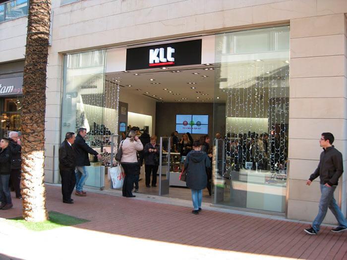 Renovació de botigues i locals comercials KLT Manresa - Obrallar