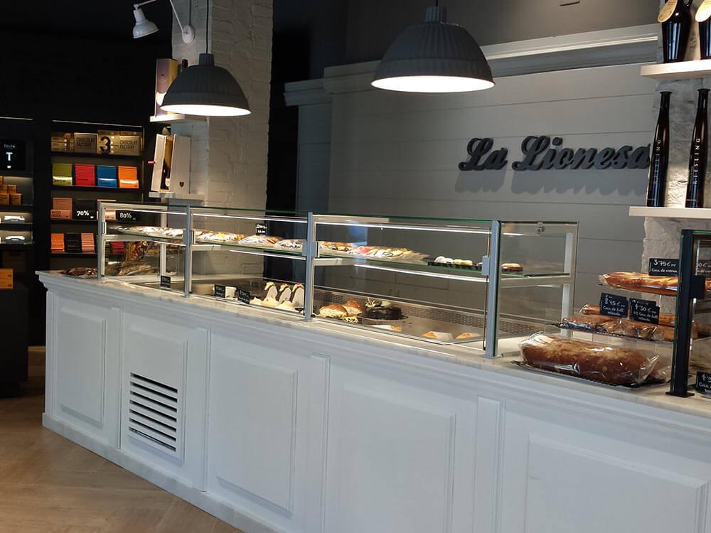Pastelería La Lionesa